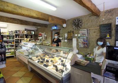 Étal épicerie Saint-Papoul